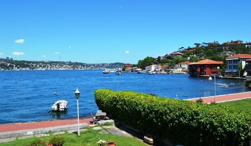 sea front bosphorus property