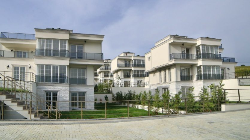 Sea View Holiday Villas in Istanbul European Side