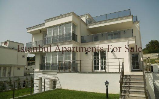 holiday villas in Istanbul For sale