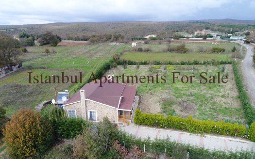 Ideal farm house for sale in Istanbul Catalca with large plot