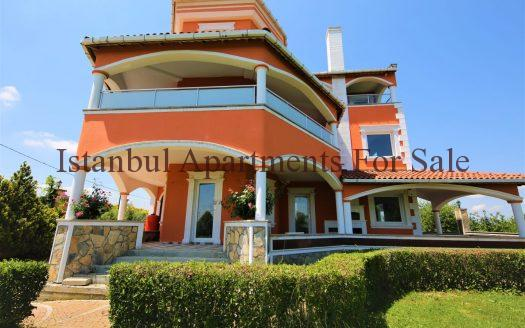 luxury villas in Istanbul countryside