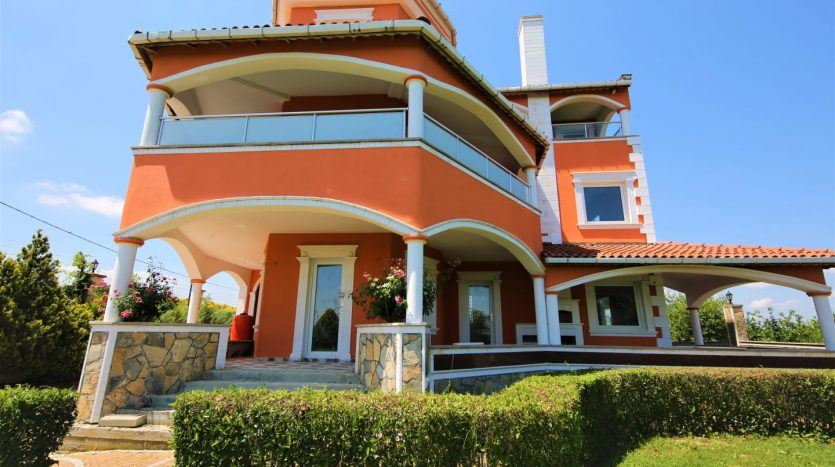 Countryside luxury villa for sale in Istanbul Catalca