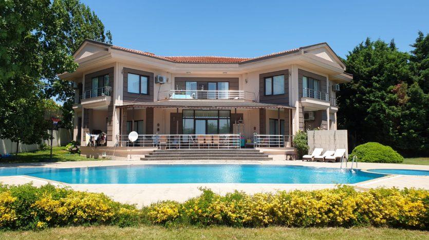 luxury Istanbul villas